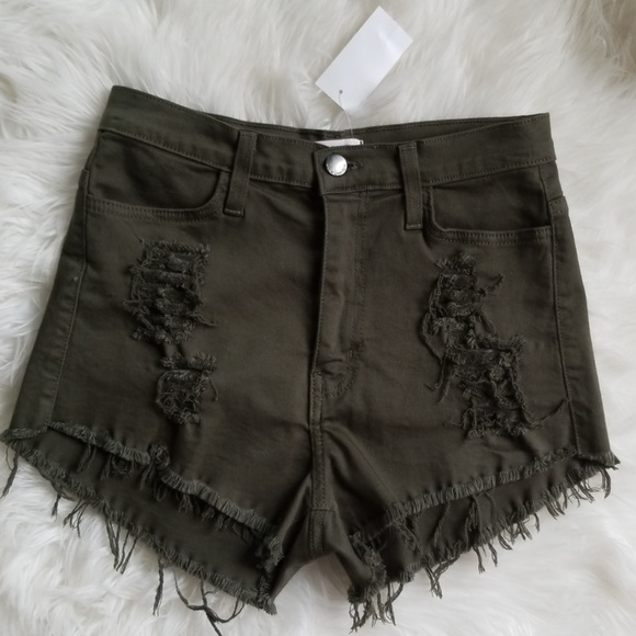 Vibrant Pants - Adorable olive shorts!! From Von Maur.